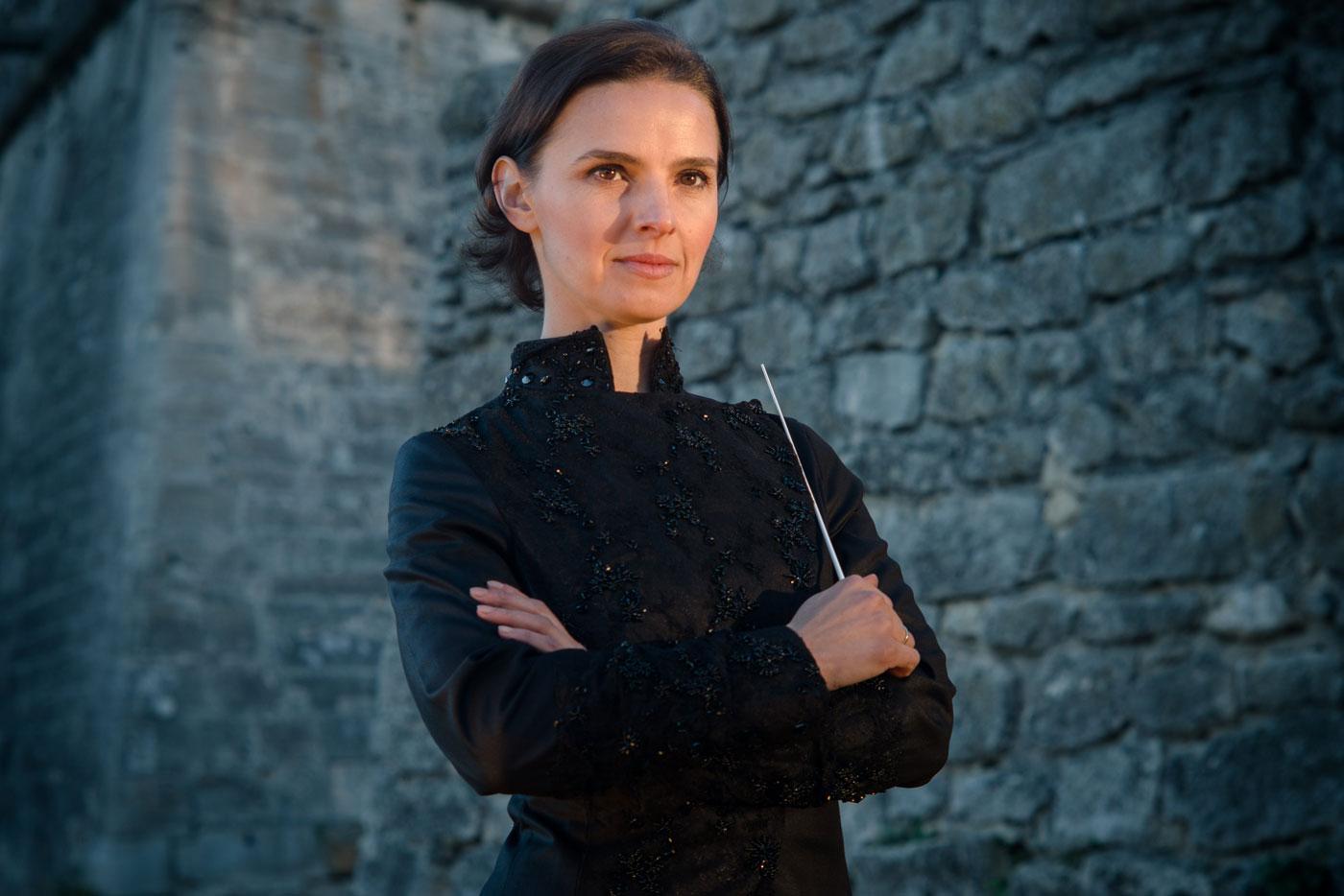 🔈 Подкаст «Інше інтерв'ю»: Оксана Линів — про мистецтво диригування, повернення Моцарта до Львова та дзвінок з Офісу президента