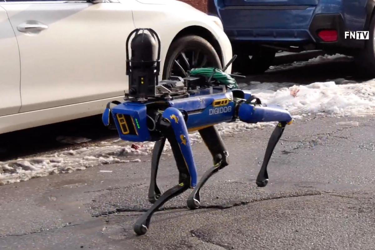 🚓 Amerykanśka policija vyprobuvala robota Boston Dynamics pid čas spravžńoї specoperaciї