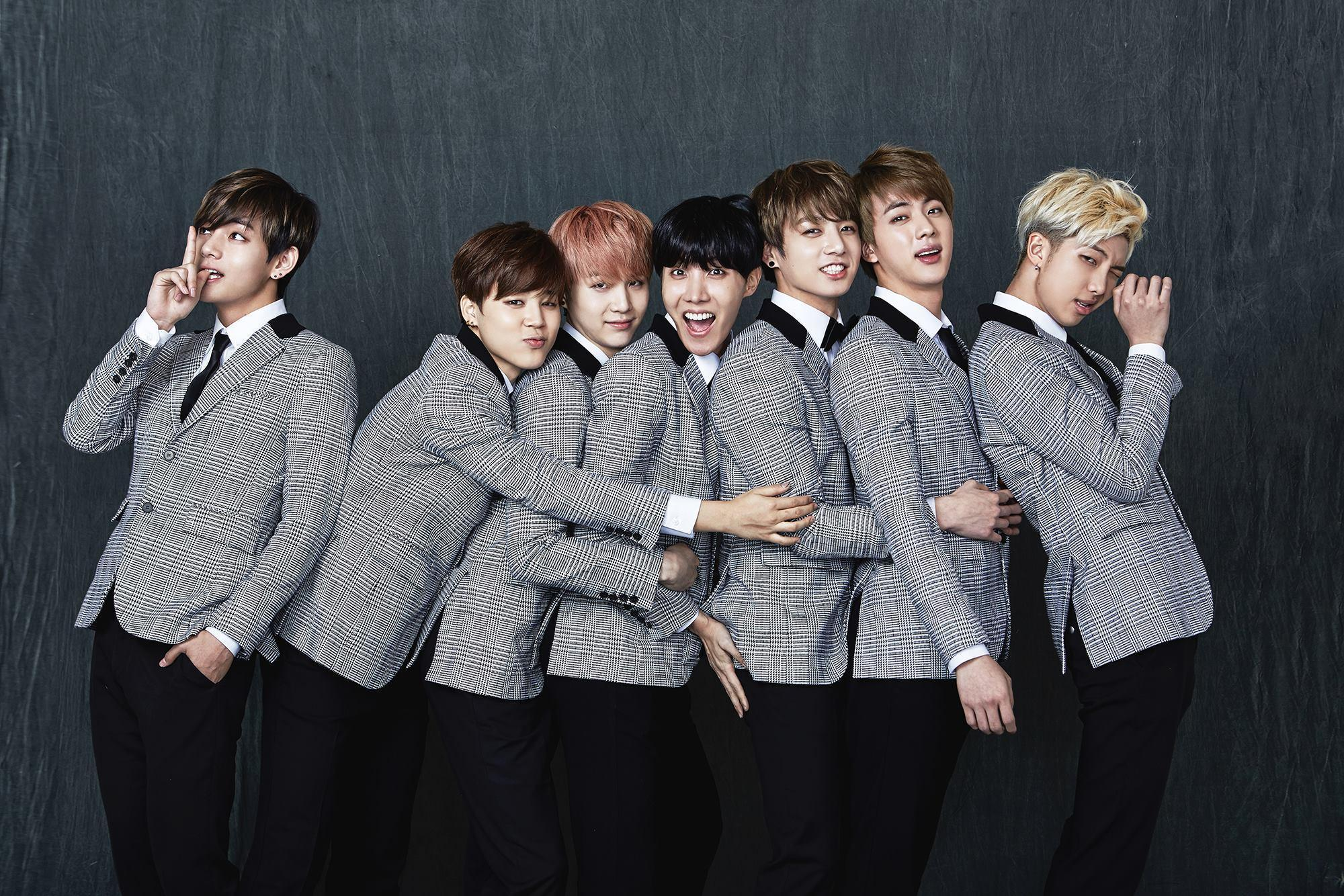 📈 Кей-поп гурт BTS став найпродаванішим музичним проєктом у світі за 2020 рік
