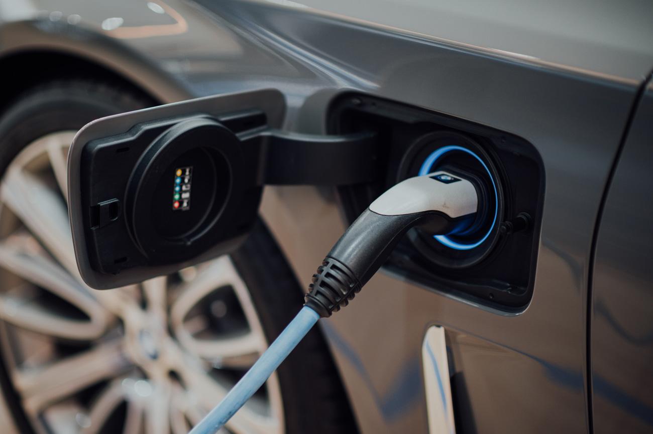 🔌 У Києві відкриють 50 нових зарядних станцій для електромобілів