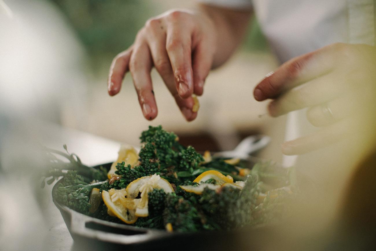 📚 IKEA створила книгу рецептів приготування з залишків їжі