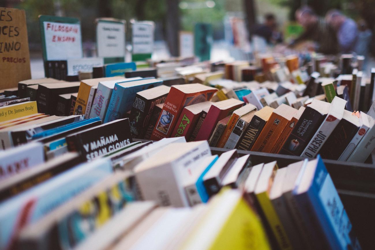 📚 Це не жарт — Тренд у TikTok популяризував книги: їх почали купляти частіше