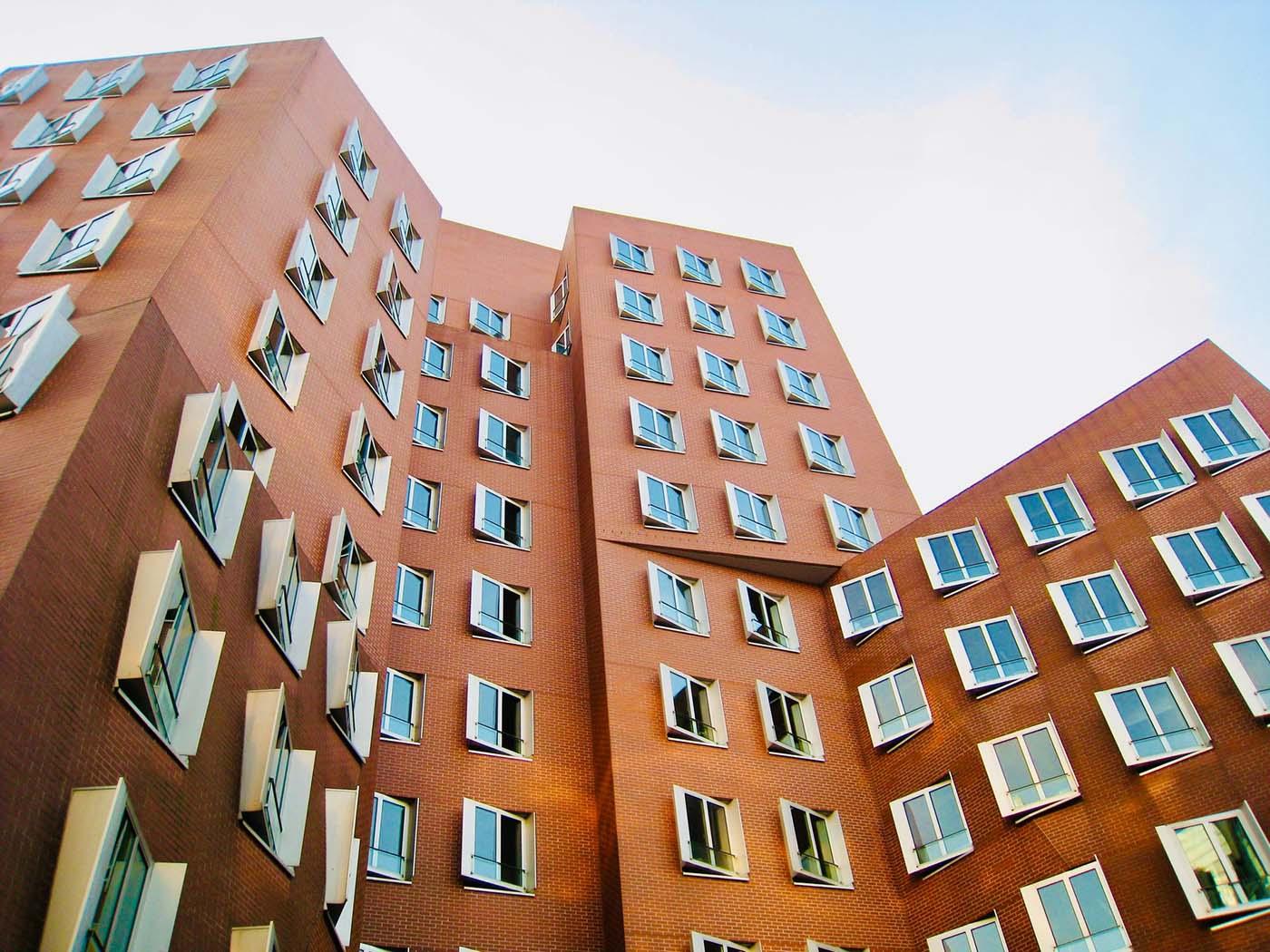 😎 У Києві продадуть квартиру на NFT-аукціоні