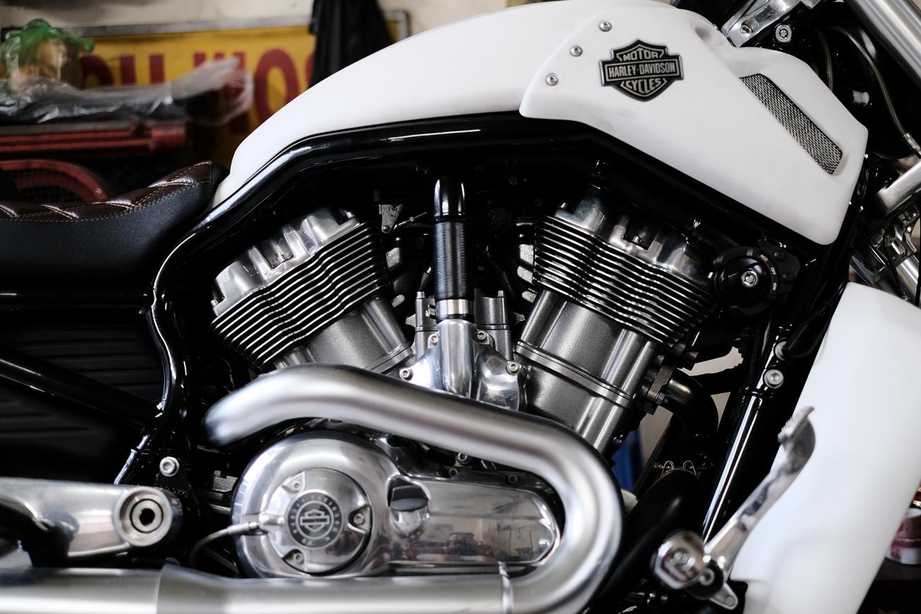 🏍 Harley Davidson створила бренд електричних мотоциклів LiveWire