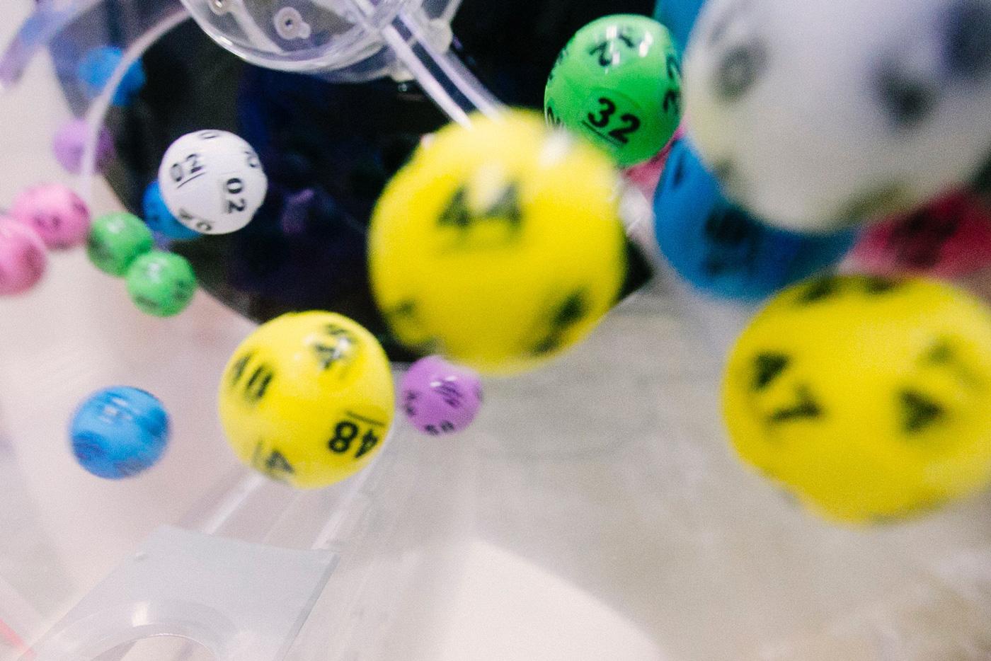🤑 U SŠA provely lotereju sered vakcynovanyh proty COVID-19 na $1 mln. Ce zbiľšylo vakcynaciju na 45%
